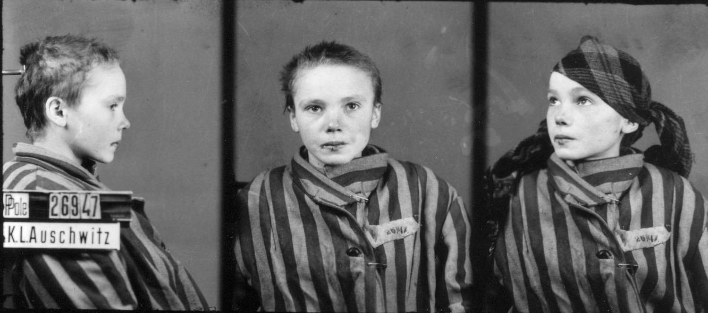 Fotograf├şa de una ni├▒a polaca prisionera en Auschwitz - foto.By Wilhelm Brasse (attributed)